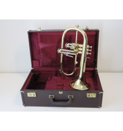 Besson Sovereign BE-947 Flugelhorn in Lacquered Brass with Case